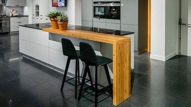 Keuken Met Bar Gezelligheid In Je Woning Bemmel Kroon Keukens